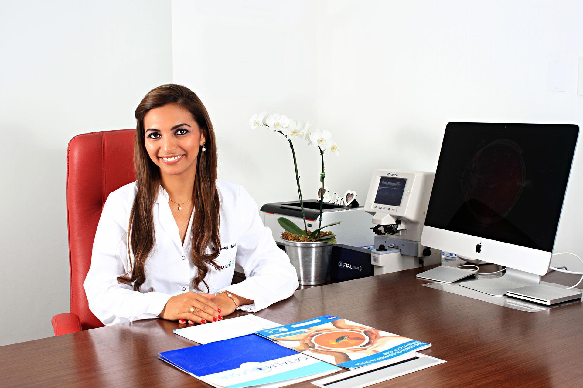 Dra. Soraya Márquez Camargo – Oftalmolaser